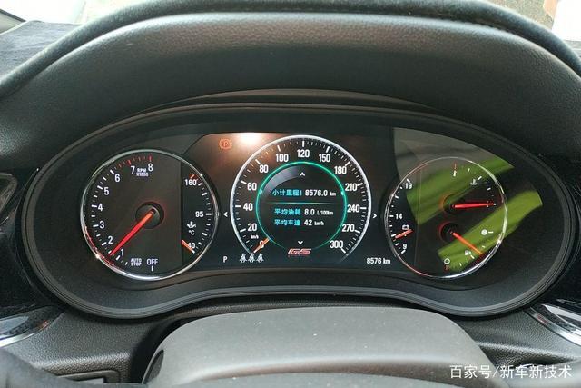 沃尔沃最高时速只有180km/h!为了安全牺牲性能,值得吗?