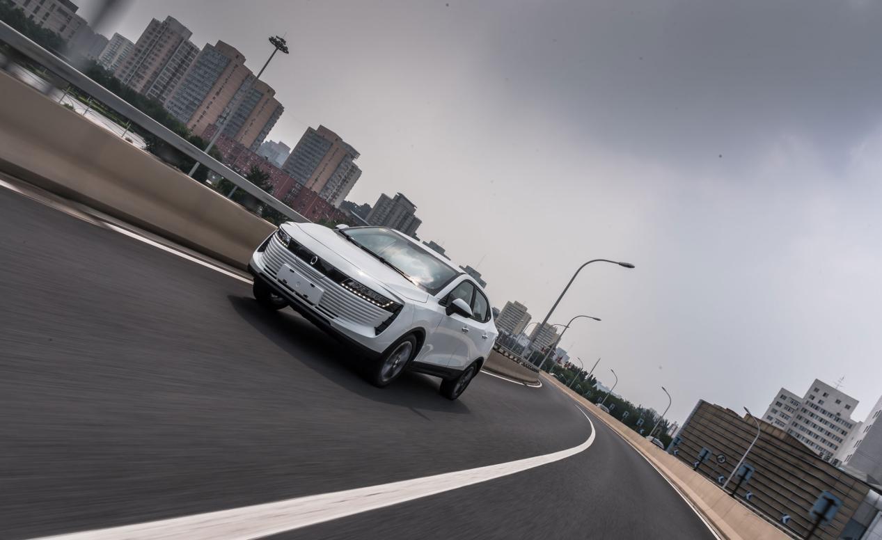 电动汽车什么牌子好?欧拉iQ安全稳定性能优越